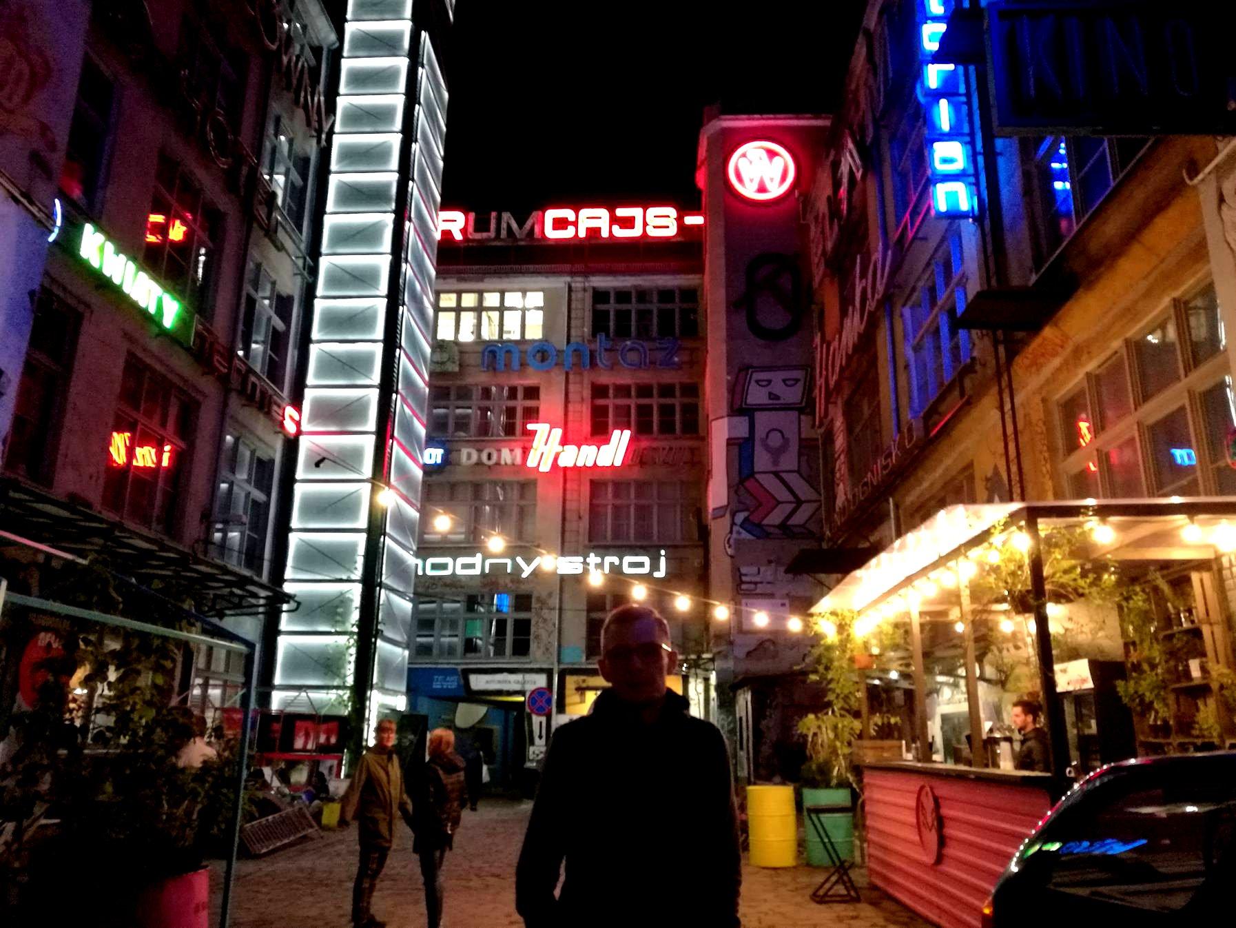 galeria neonów we wrocławiu