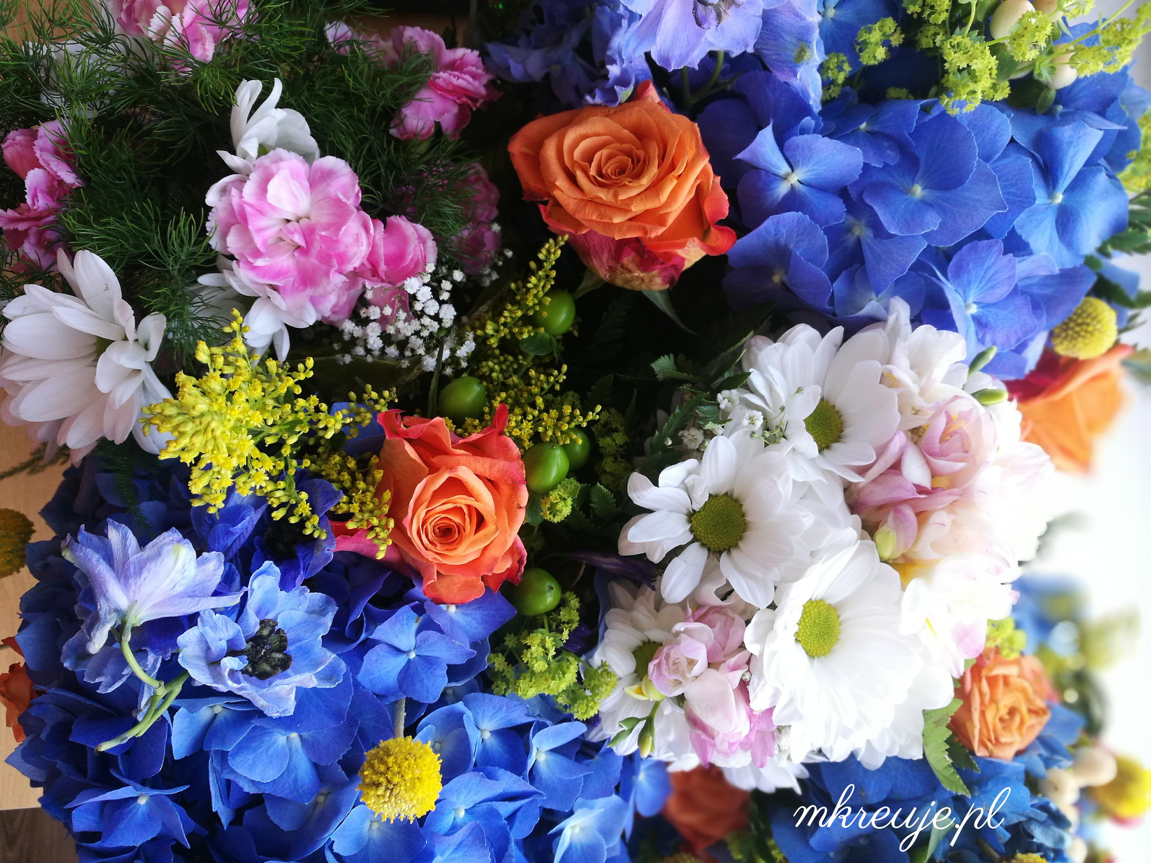 jak zorganizować ślub i przyjęcie weselne, kwiaty ślub diy zrób to sam mkreuje