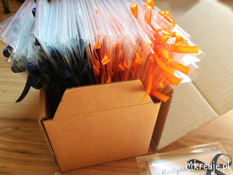 Kolorowanki DIY jako prezent dla gości weselnych DIY