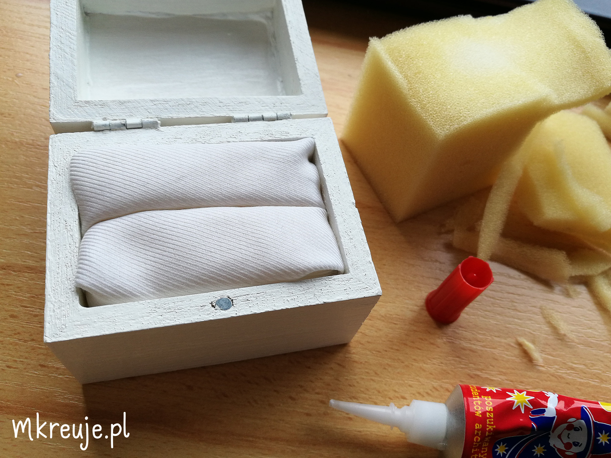 Pudełko na obrączki DIY