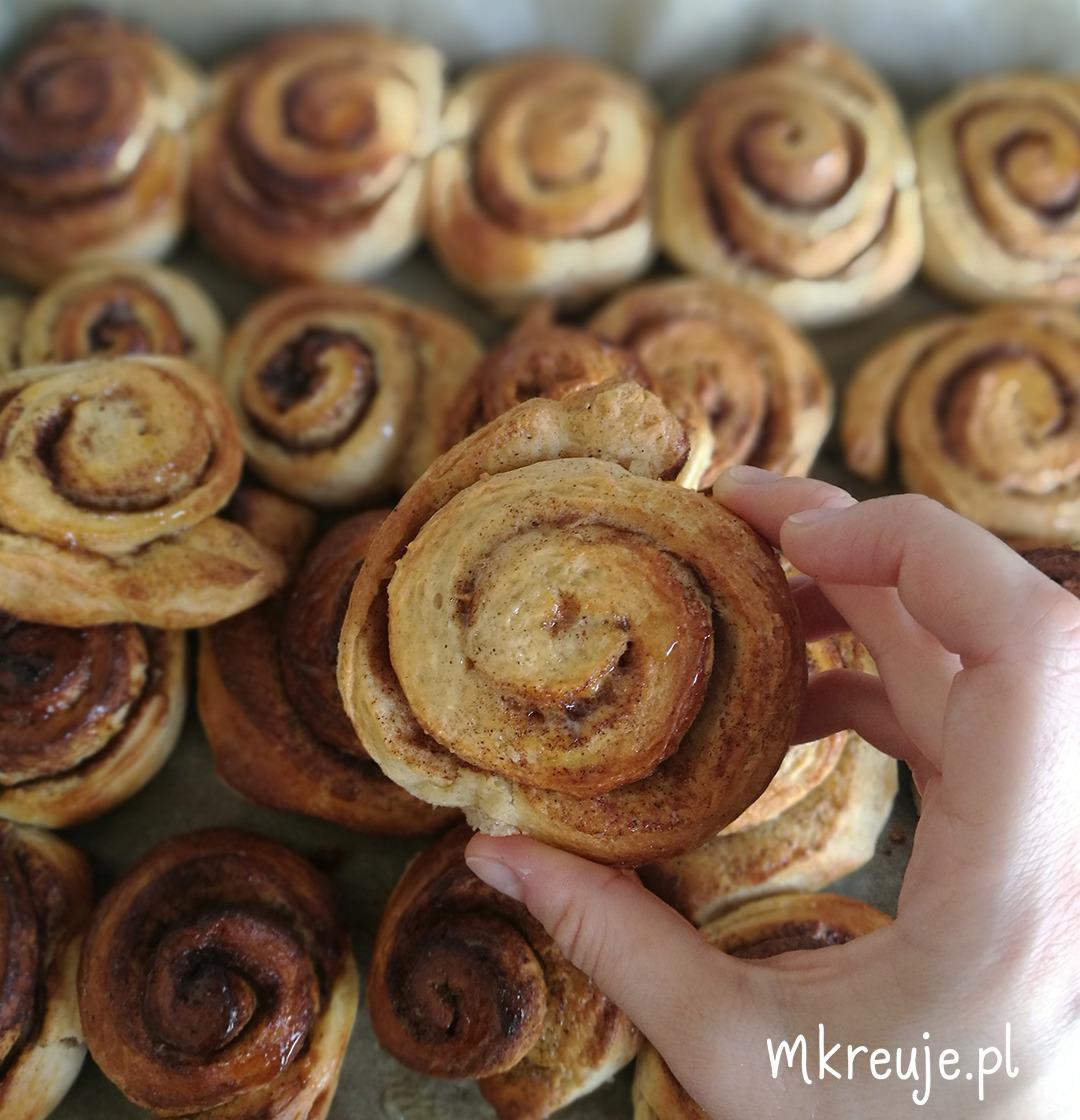 jak zrobić cynamonowe rollsy